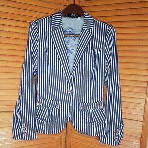 Unique Guess Authentic Brand Striped Blazer